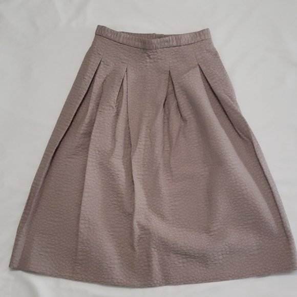 H&M Dresses & Skirts - H&M A-Line Pleated Skirt